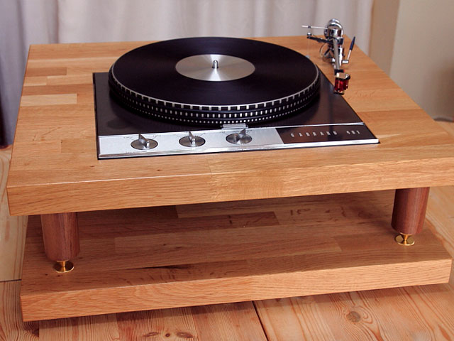 Hifi furniture reference fidelity components for Turntable furniture